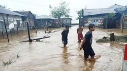 67738 small usai gempa  warga halmahera dikepung banjir bandang