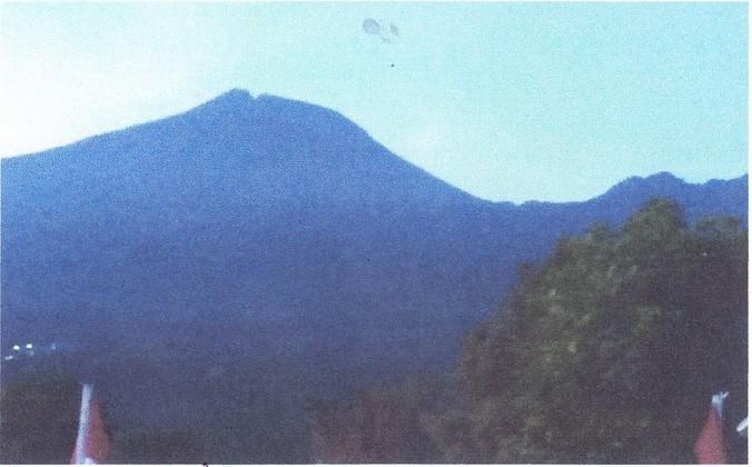 69436 medium aktivitas gunung slamet meningkat  status dinaikkan level ii