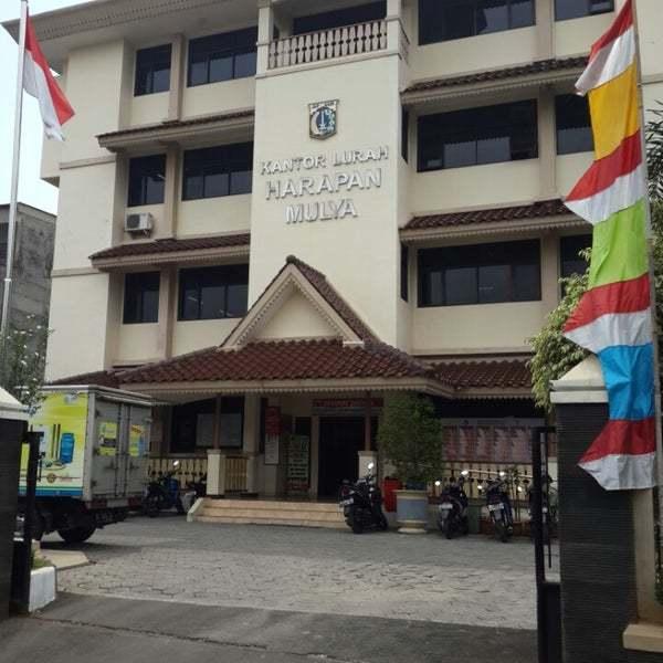 69443 medium kelurahan harapan mulia ramaikan hut ri dengan pawai kemerdekaan
