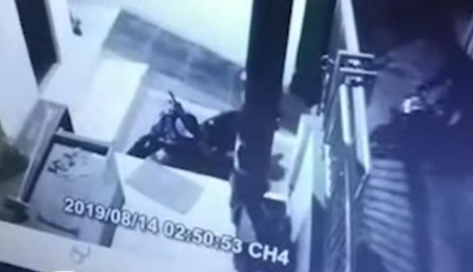 69864 medium aksi curanmor di tanjung priok terekam cctv  rabu %2814 agustus 2019%29