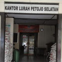 70459 small kelurahan petojo gelar festival petojo selatan
