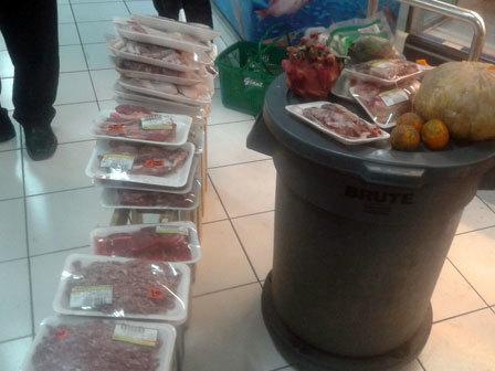 708 medium 40 kg daging busuk ditemukan di swalayan jakpus
