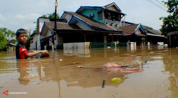 7147 medium banjir ciledug indah 131114b