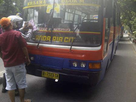 727 medium protes razia  sopir sweeping metromini