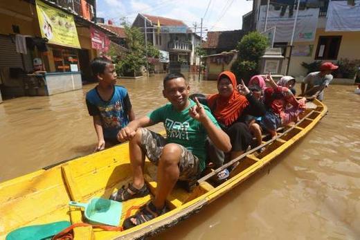 BPBD: Banjir Bandang Intai Bandung Barat di Musim Hujan ...