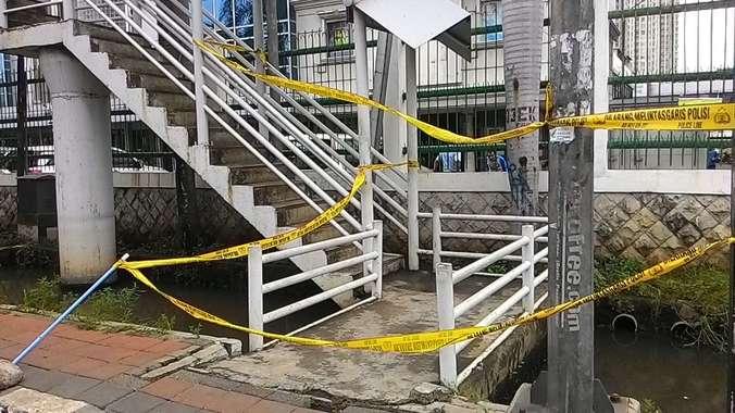 891 medium sepasang kekasih tewas kesetrum listrik di jpo mangga dua