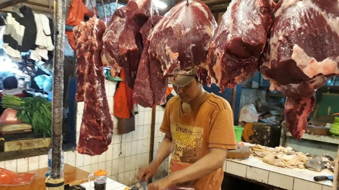 9257 medium harga daging sapi lokal di pasar palmerah masih mahal rp 120.000kg