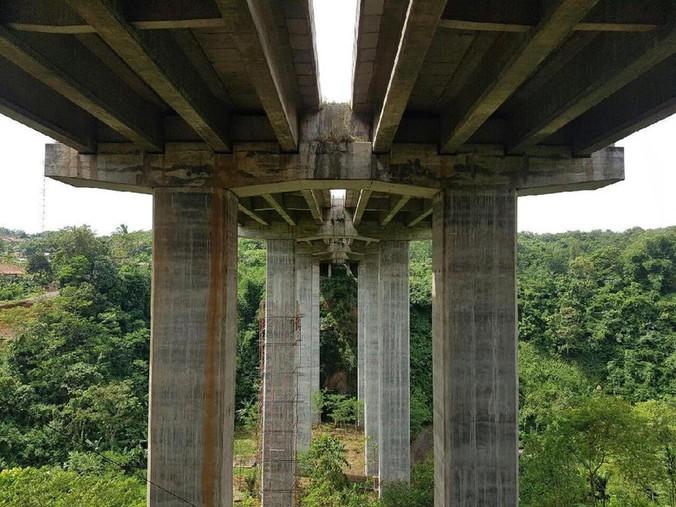 9336 medium jembatan cisomang diperbaiki  lalin tol cikampek ke cipularang ditutup