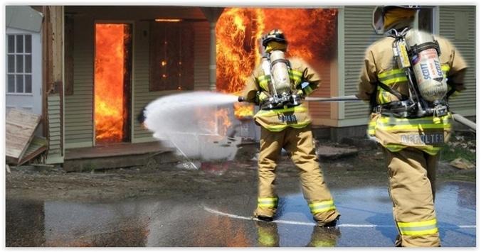 9359 medium dini hari  tadi  rumah di kebon bawang jakut terbakar