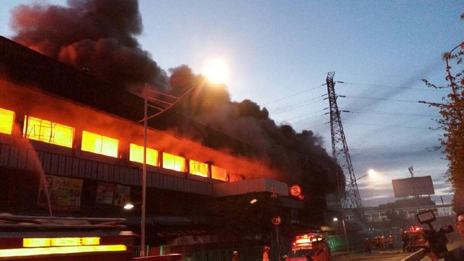 9850 medium kronologis kebakaran pasar senen