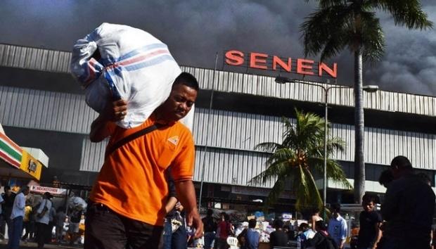 9881 medium kerugian kebakaran pasar senen diperkirakan rp101 2 miliar