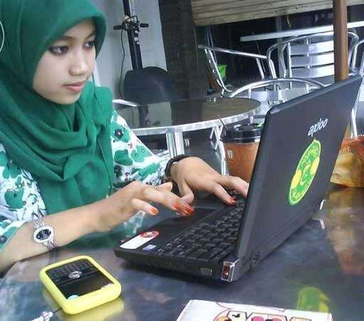 Admin sales marketing online shop di klender wajib smasmk negeri
