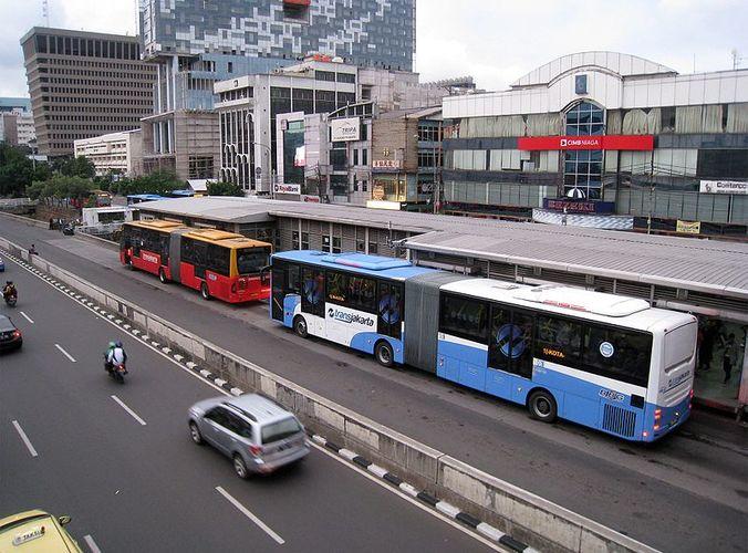 Pt transjakarta operasikan dua rute baru di jakpus dan jaksel